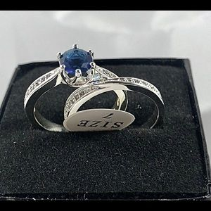 CZ Blue Stone wedding style Silverplated ring SZ 7